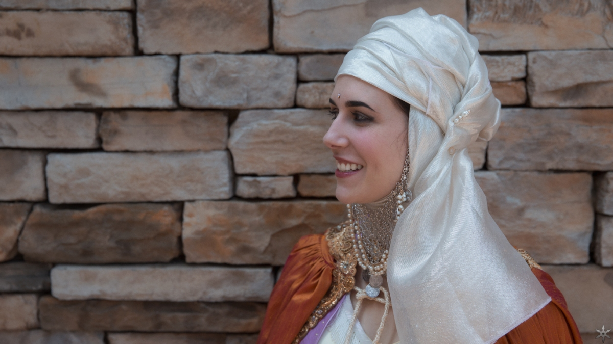 Adventures in Costuming; Princess Sibylla – Kingdom of Heaven